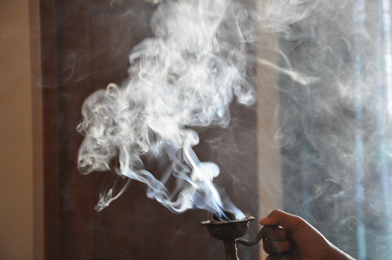 раз убеждаюсь дым благовоний от энергии последнему